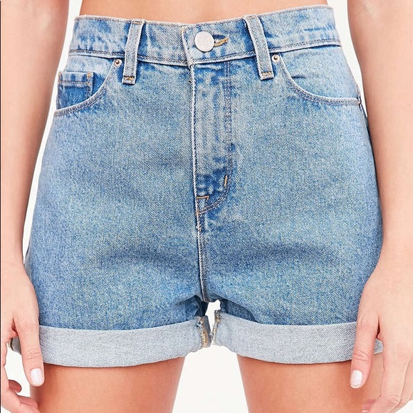 a268a35af1 Urban Outfitters BDG high-waisted mom shorts 🎀. M_5aa975672ab8c57d0706797e